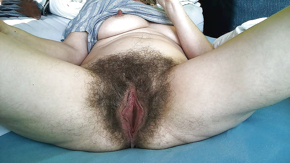 women-with-very-hairy-pussy