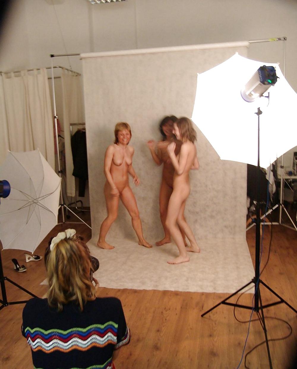видео позирование в фотостудии порно - 3