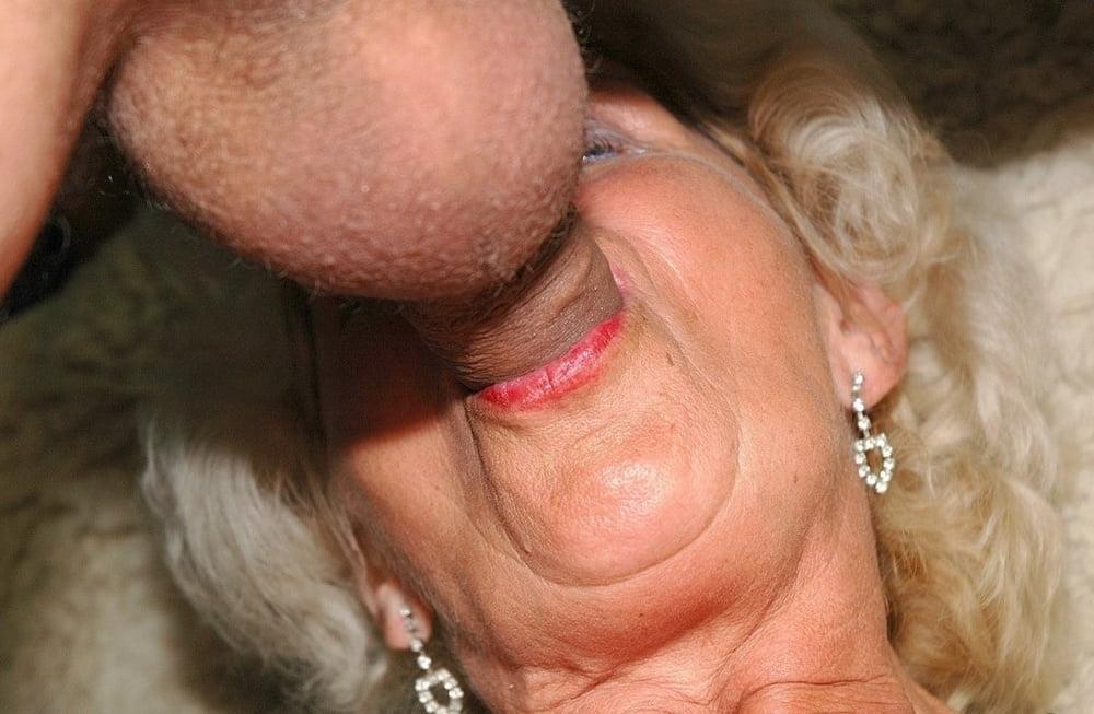 Deep throat granny tubetures drag dress