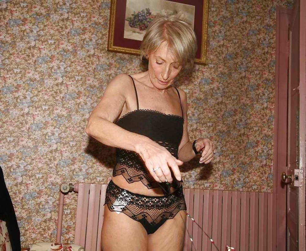 Теща фото ножки, Порно фото ебля и секс русской тёщи в рот 29 фотография