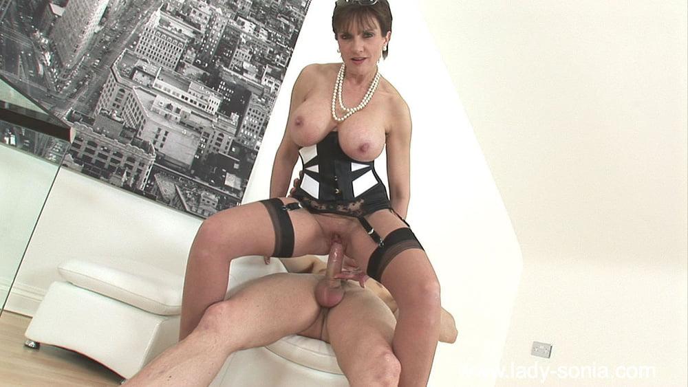 Леді Порно Відео