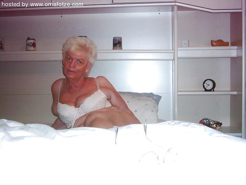 Homemade mature naked-5065
