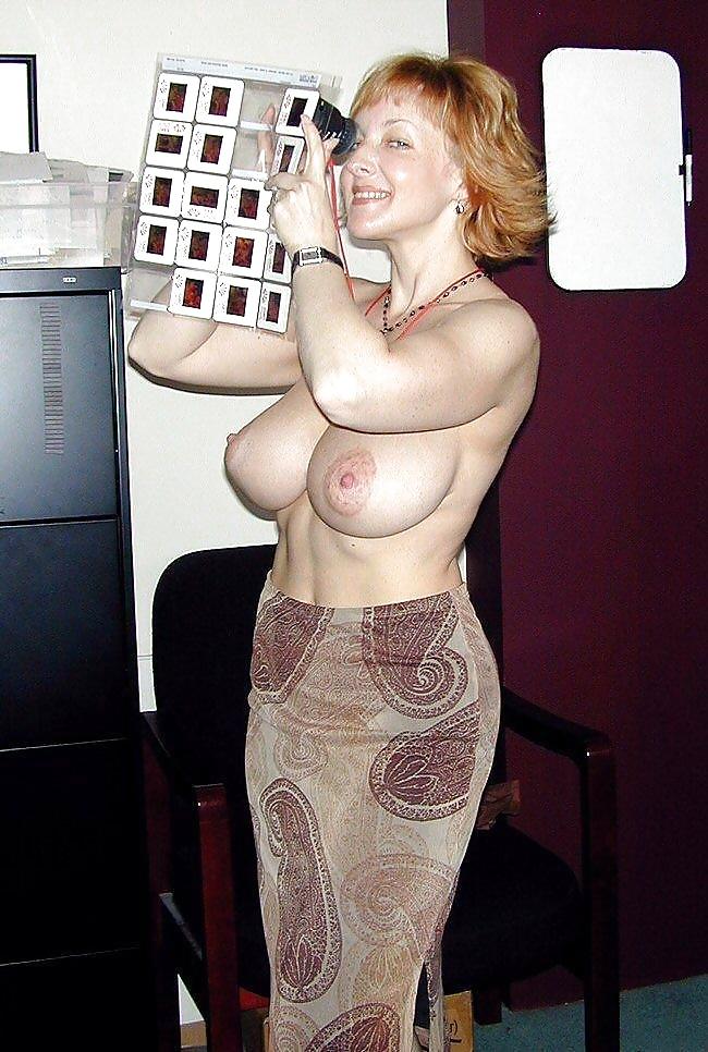 Mature women erotic pics