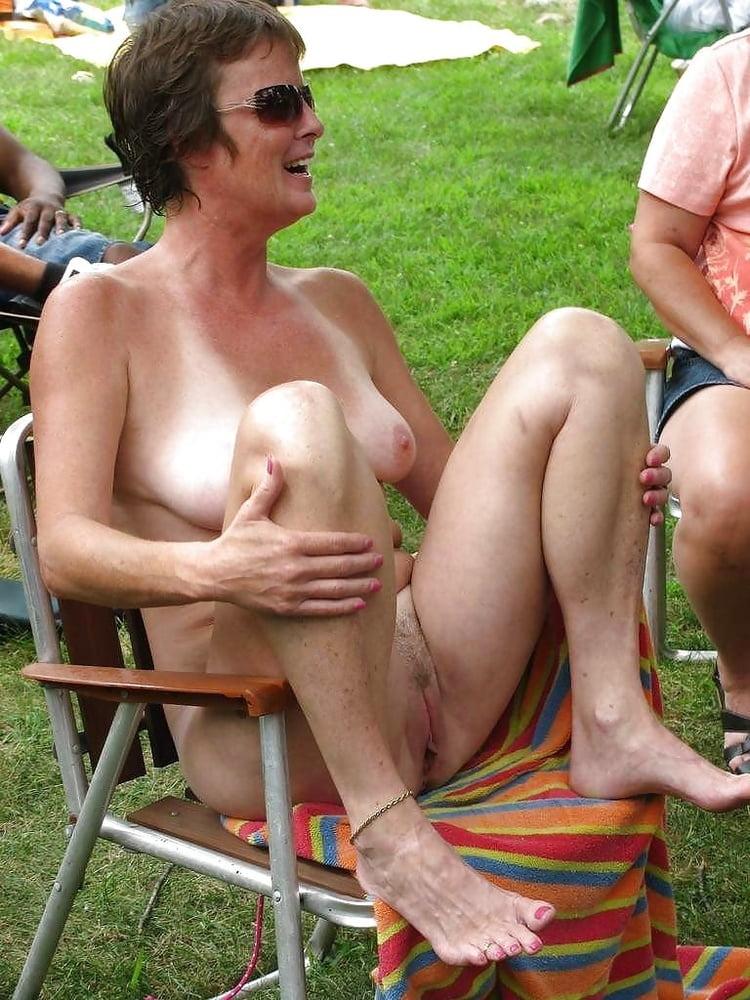 Amateur pictures older women fucking public