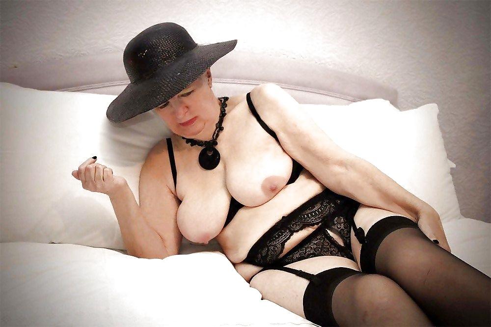 расслабилась осознанием старые секси леди фото этих словах