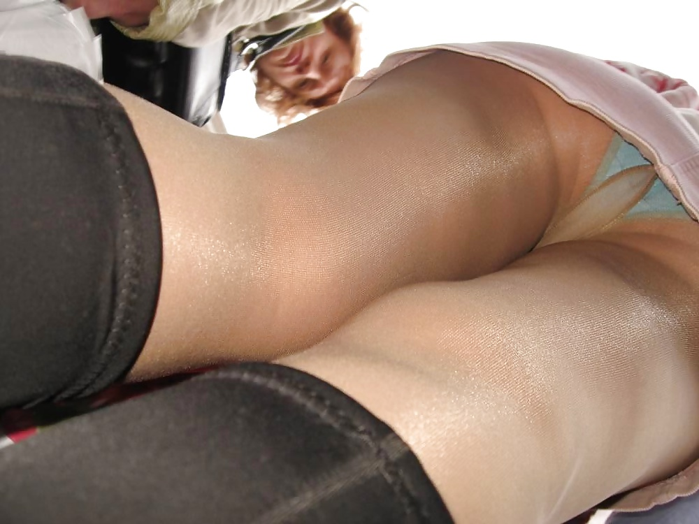 pantyhose-upskirt-picture-boards-big-black-blonde-cock-deep-throating
