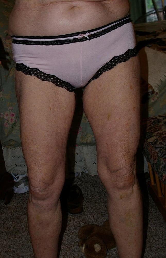 Upper class uk granny in pantyhose