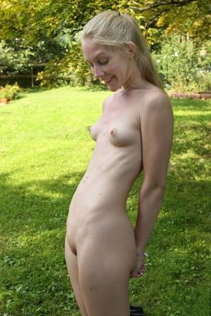 The garden in nude Garden Pics
