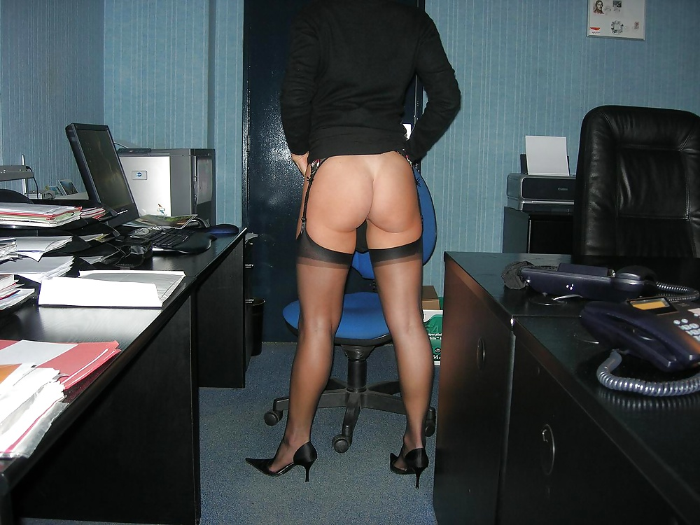 боялись секретарша без трусов в офисе член