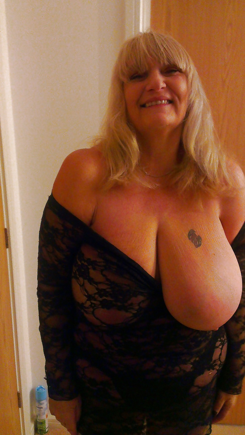 Big Natural Silicone-Free Boobs Granny Gilf - 9 Pics -5313