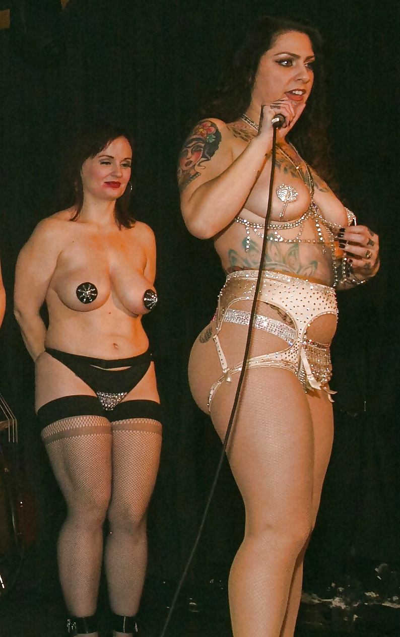 Danielle Colby  nackt