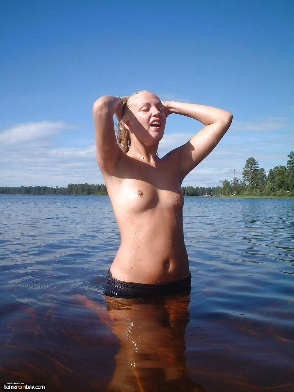 Naked outdoor pics-8185