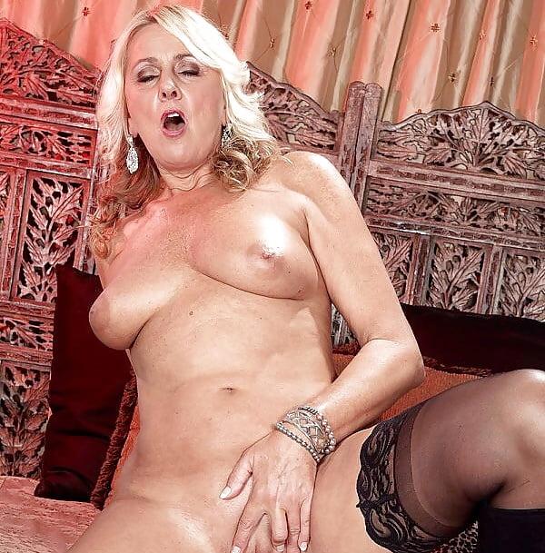 Dallas Matthews Pornstar Hustler 1