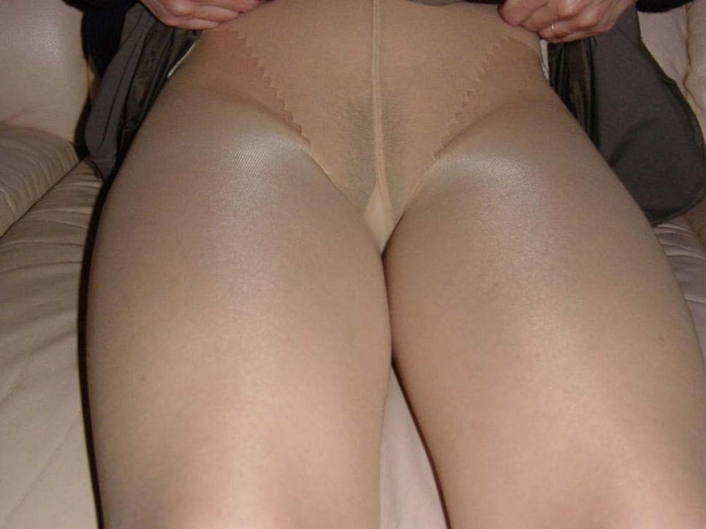 Mature pantyhose camel toes — pic 8