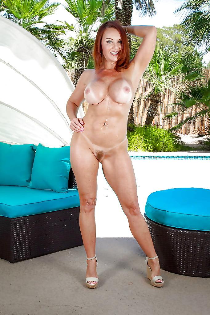 Fit Mature Big Tits American Redhead Cougar Janet Mason Show Hotscope 1