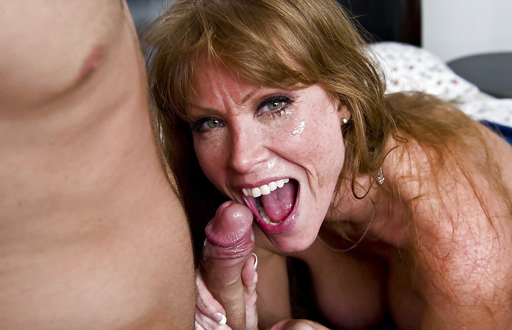 Milfs love cum swapping in messy gangbang