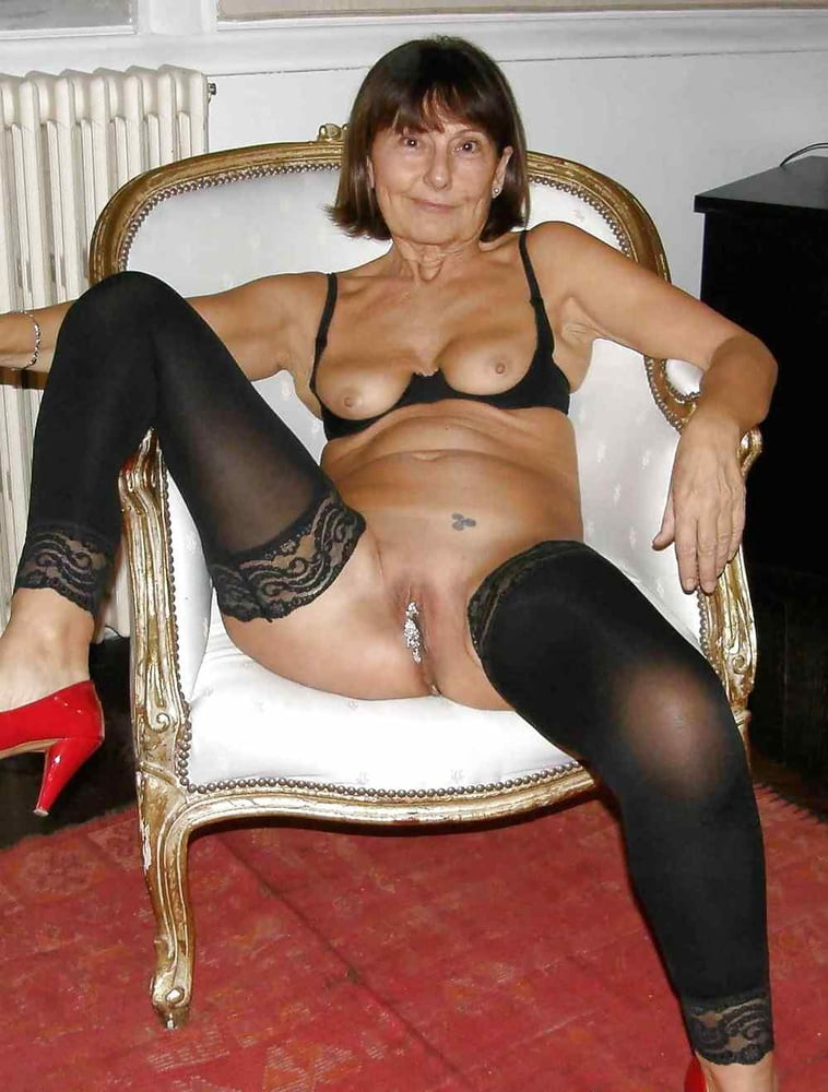 German mature women from hanau germany