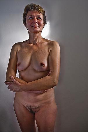 Bikini Mature Female Nude Videos Pictures