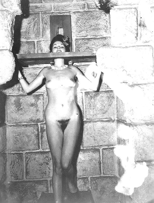 порно с рабынями в стиле ретро - 5