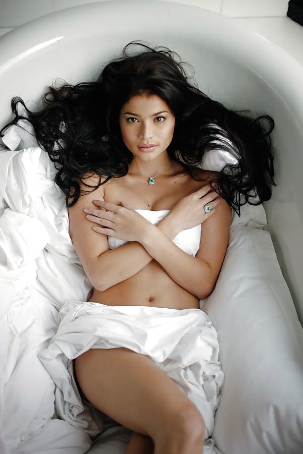 Nude photos of anne curtis