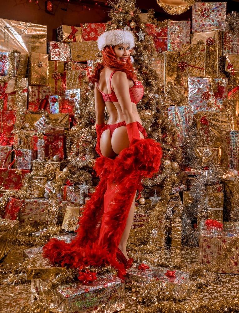 Holy Latex Body Christmas Special Xhamster Yuvutu 1