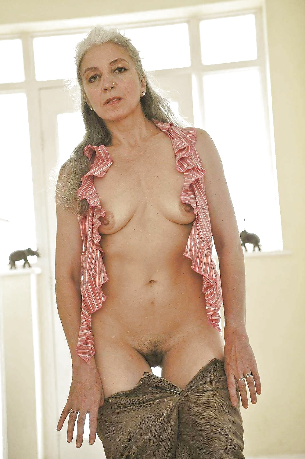 Gray haired women nude 3