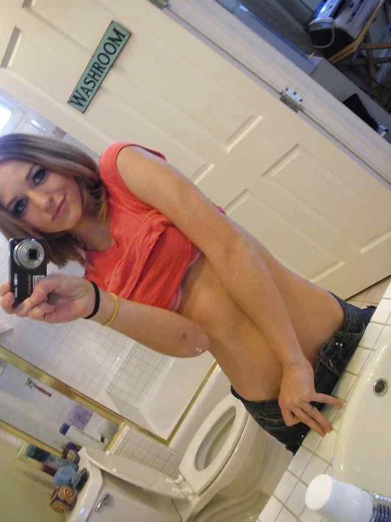 Sexy mirror poses