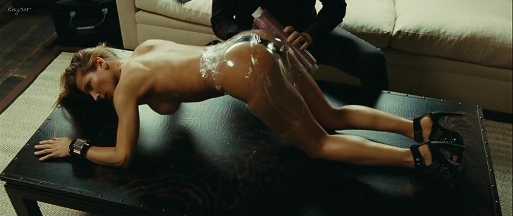 porno-video-s-aktrisoy-elza-pataki-ogromnim-vimenem-porno