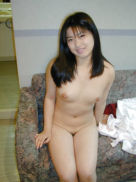 Japanese girl uses toy-4133
