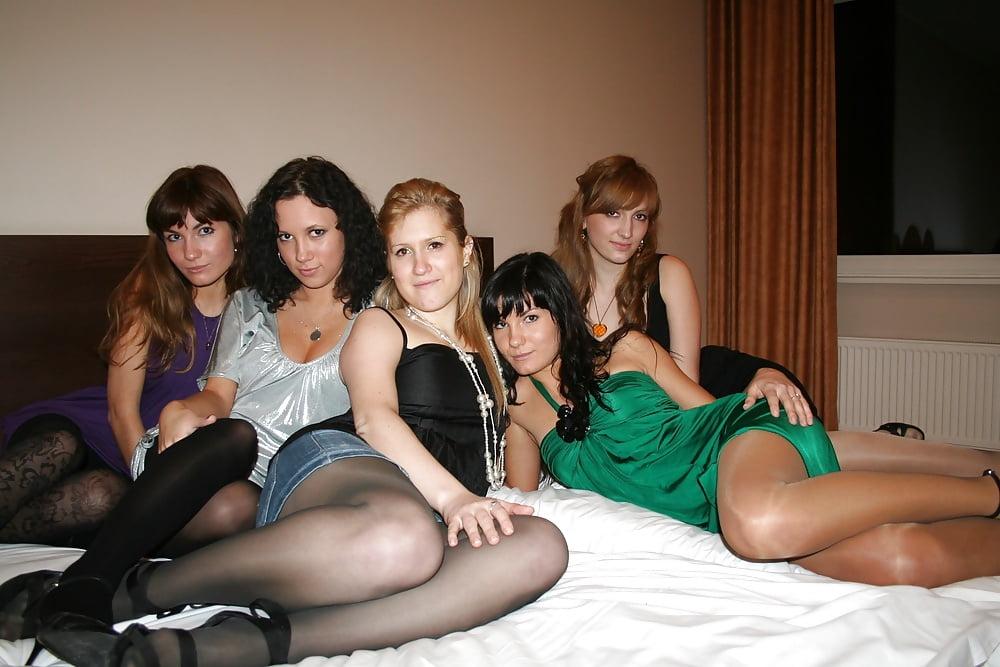 nude-with-pantyhose-web-groups-kardashian-ray-jay