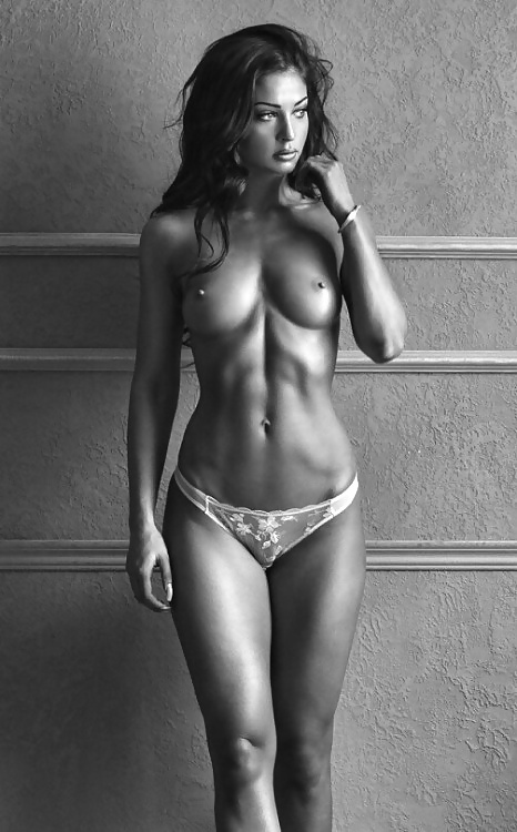 Athletic Girls Nude