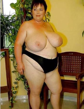 Busty women 191 (Saggy tits)