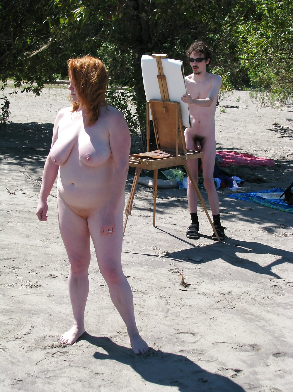 chubby-gymnast-nudist