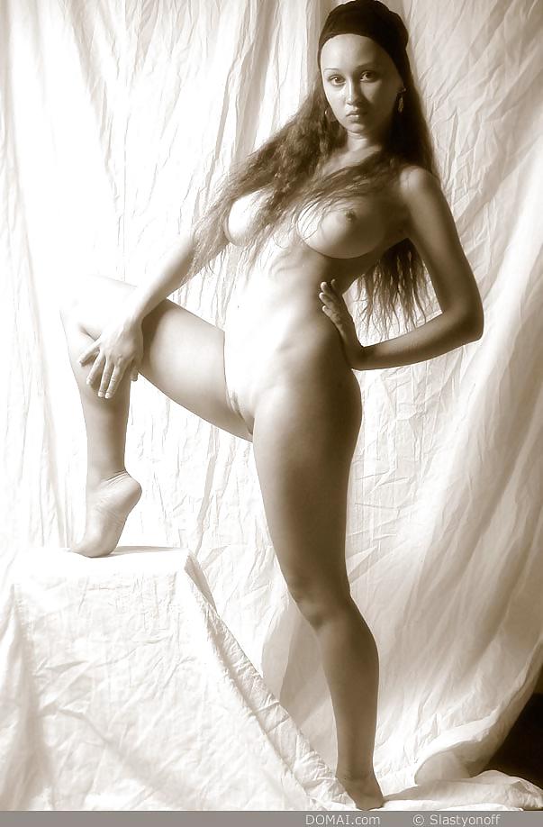 Aneli Nude Met Art Curvy Erotic