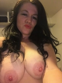 Suck my wifes big tits