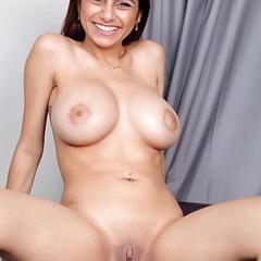 Sexy Hot Mia Khalifa