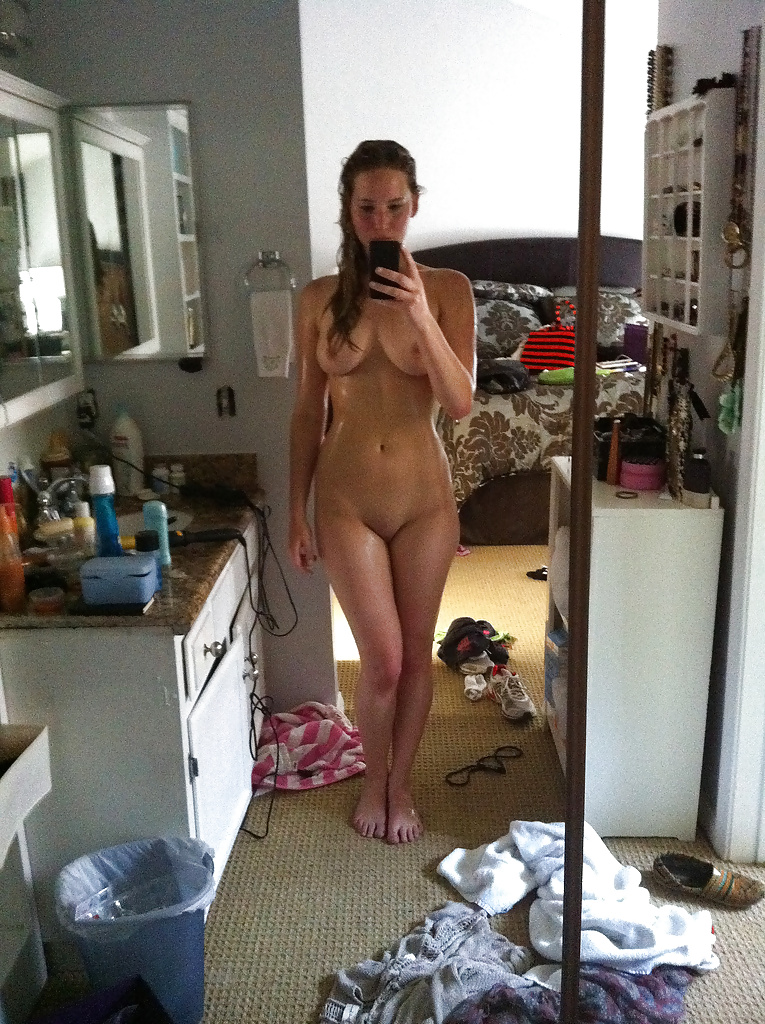 Nude celebrity babes