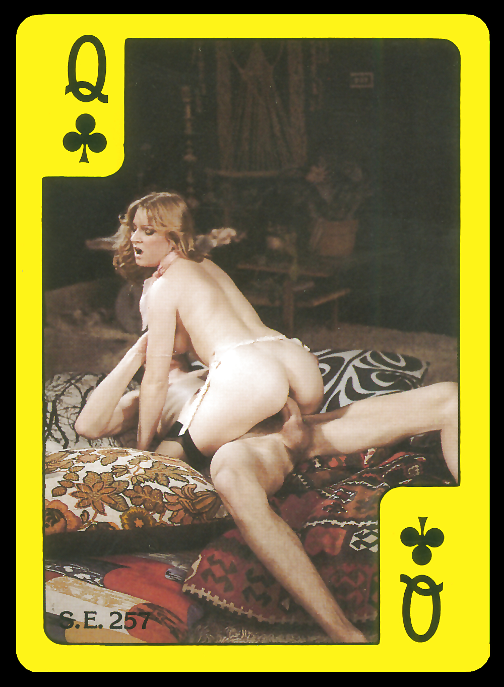 nude-playing-card