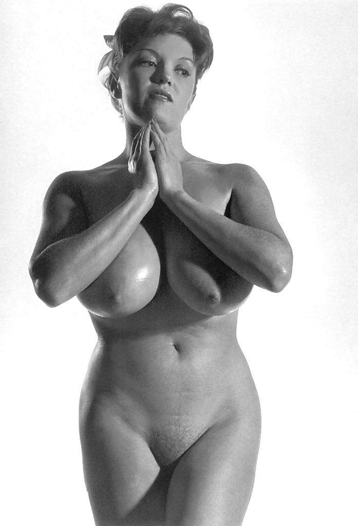 Paula meronek nude gallwry