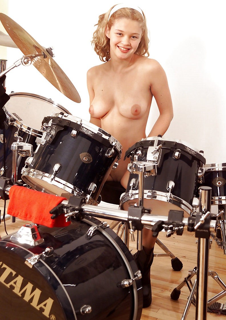 Zenra Naked Taiko Drums