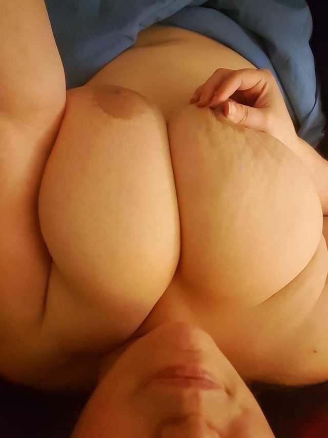 Asian mature orgasme Drunk bride shared