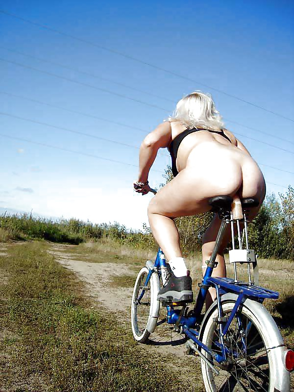 bike-woman-porn-video-ffm-young-girl-in-a-bikini