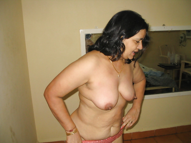 Are mature aunty nude