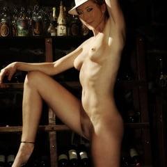 Naked lachman Dichen Lachman