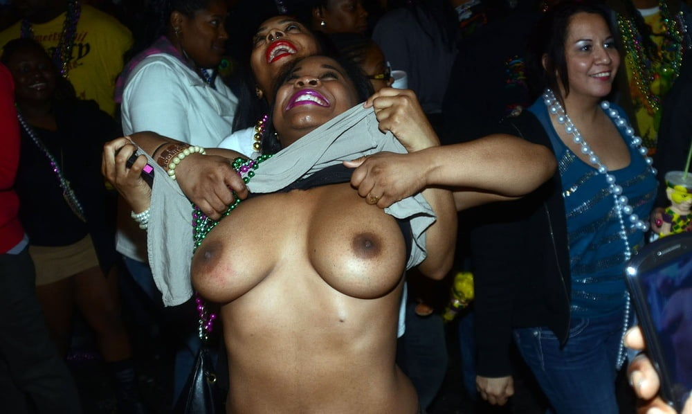 Flashing Big Black Tits