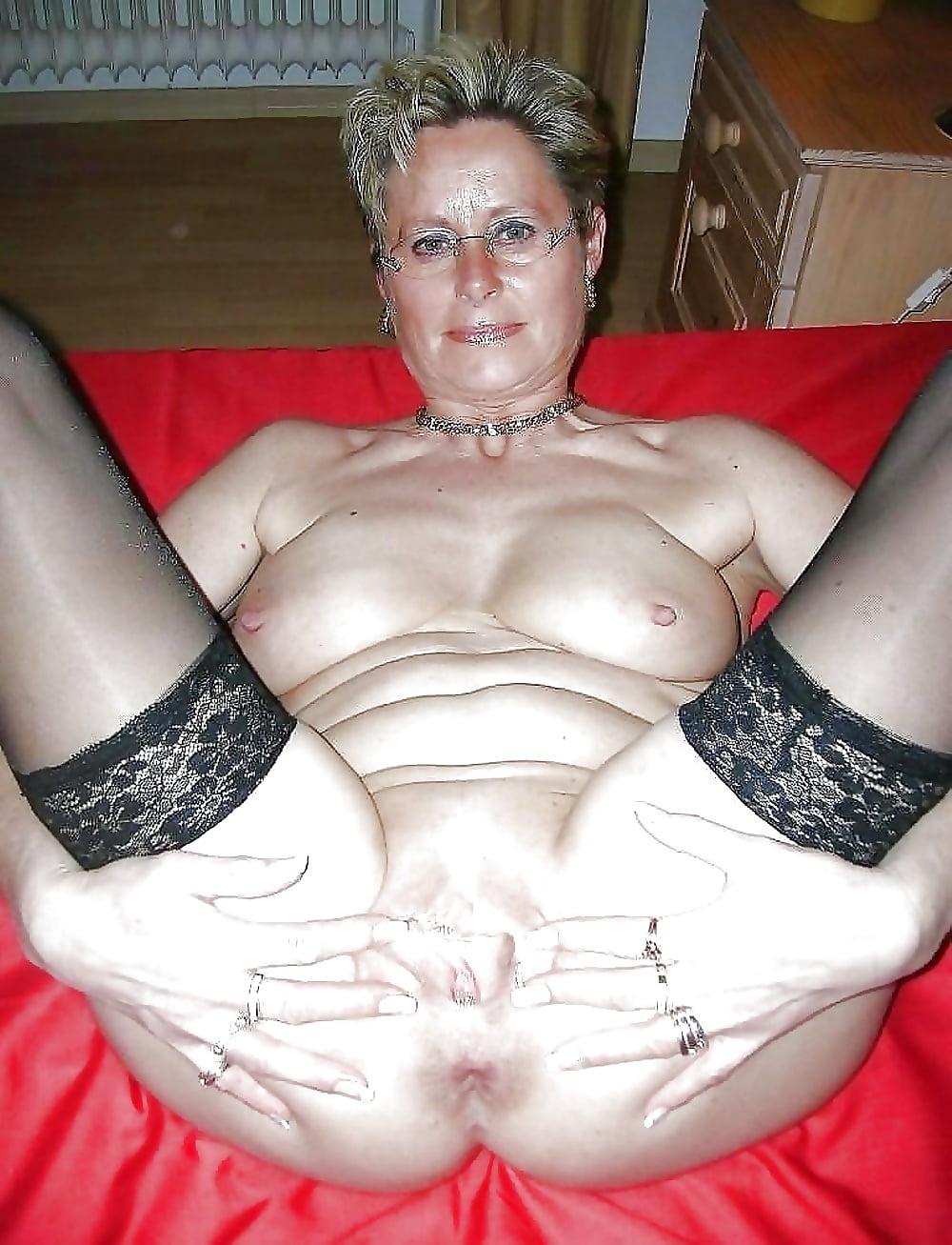 Free thumbs granny pussy slut whore #11