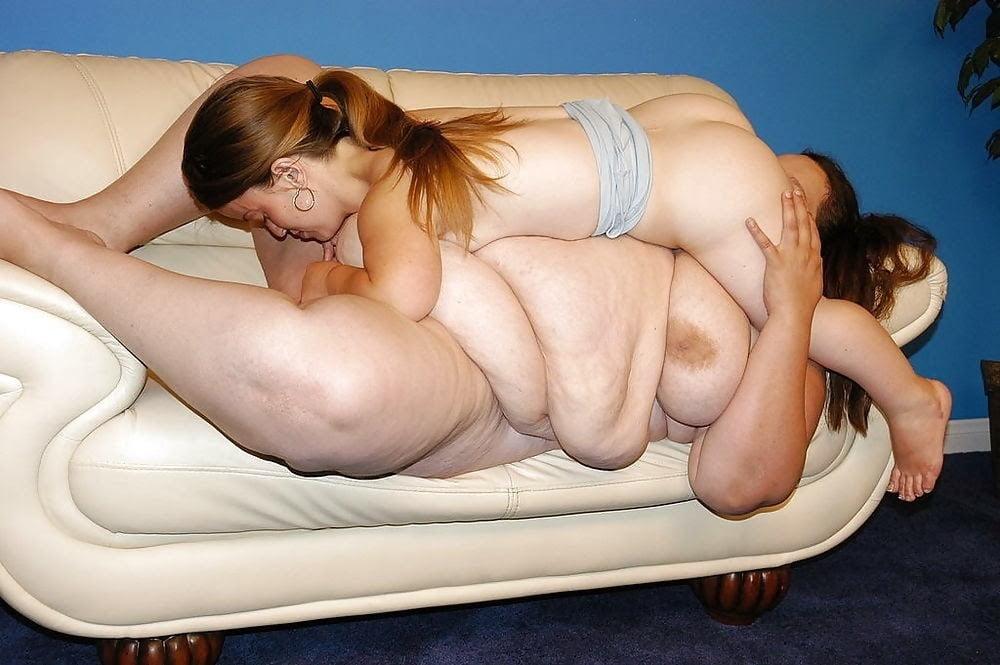 Naked photo Lesbian threesome porn gifs