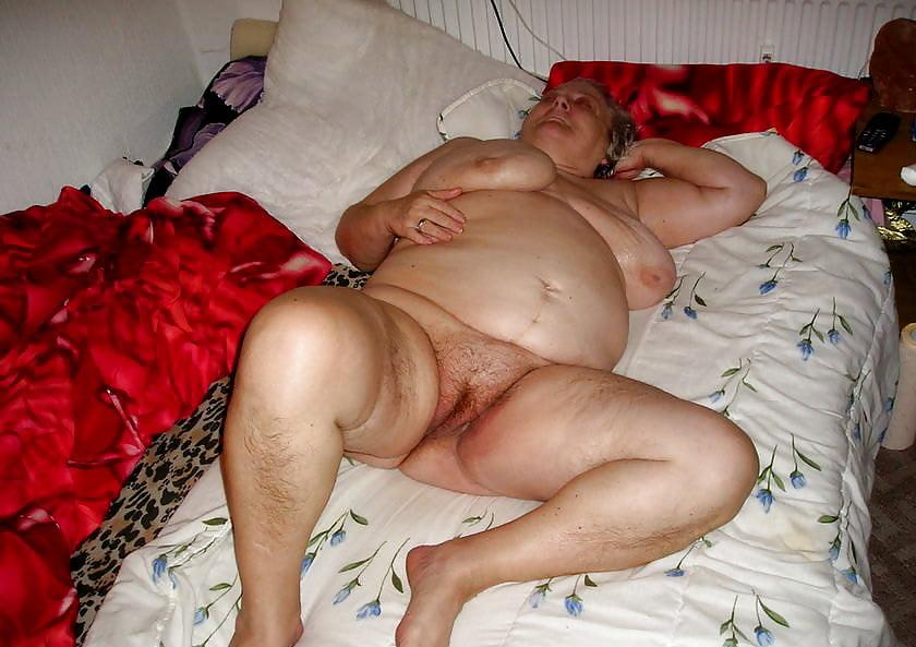 Chubby latina porn pics