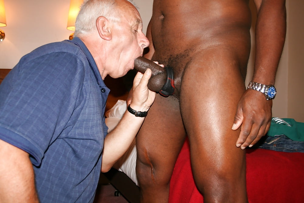 Big Black Gay Group Sex With Big Cock Sucking And Fucking
