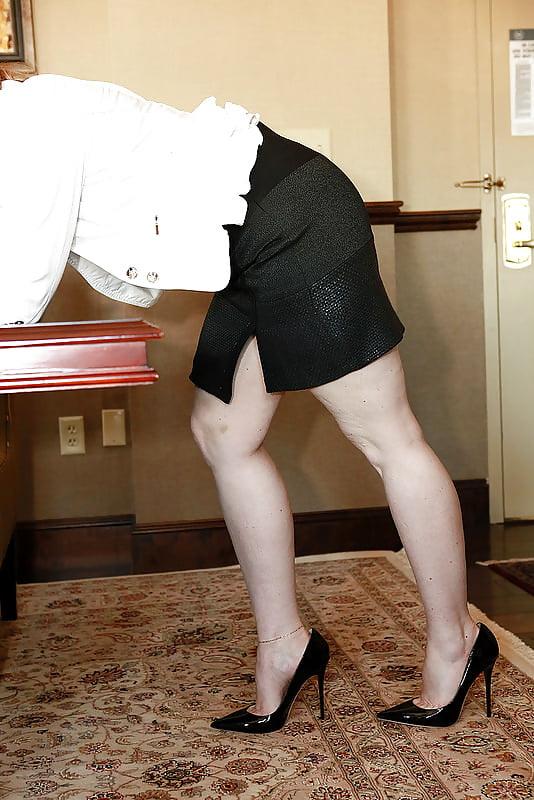 Sexy milf high heels-4568
